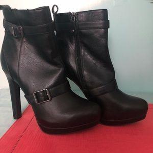 Vera Wang Black Boots